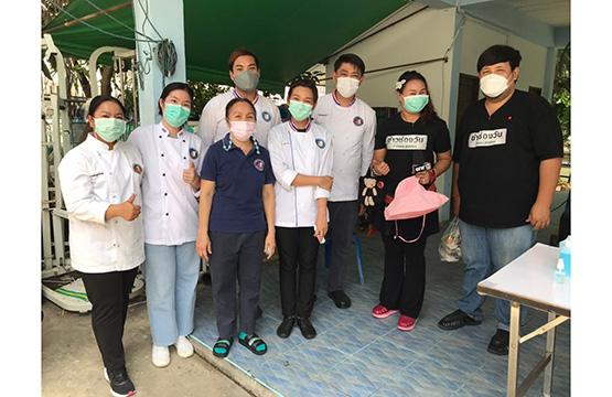 """โครงการ """"วันสร้างสุข"""" เดินหน้าช่วยชุมชนทั่วไทย มอบถุงยังชีพ  พร้อมให้ทุน """"ร้านค้า"""" ผลิตอาหารกล่องช่วยชาวบ้าน"""