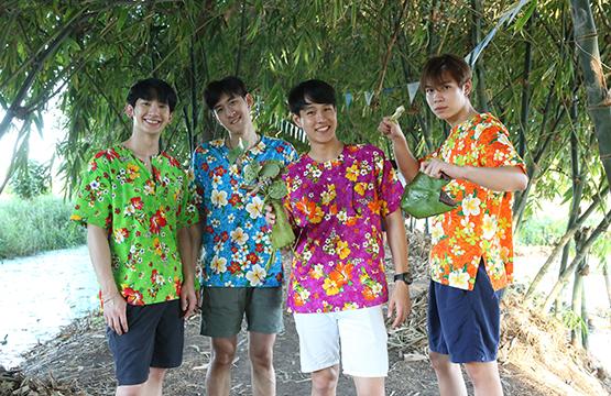 """""""ทอย ปฐมพงศ์"""" นำทีมแก๊งโตแล้ว เรียนรู้การทำธูปหอม  ชวนชิมขนมไทย ที่ จ.สุพรรณบุรี"""