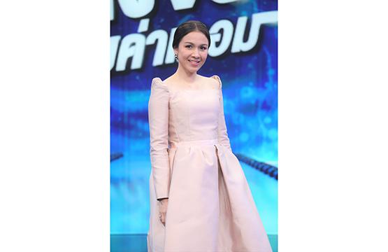 """""""กบ-สุวนันท์"""" ยอมรับเด็กไทยเก่งรอบด้าน แต่ไร้โอกาส  ขอบคุณรายการ """"เก่งจริงชิงค่าเทอม"""" ช่วยสานฝัน ต่อยอดอนาคต"""