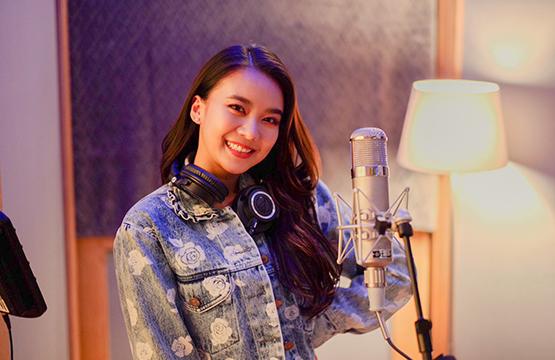 """""""ไอซ์-แพรวา"""" ตัวแทนคนไทย ส่งเพลง """"รักติดไซเรน""""เวอร์ชั่นพิเศษ ร่วมงานคอนเสิร์ตการกุศล """"ONE LOVE Asia"""" ระดมทุนให้กับยูนิเซฟ"""